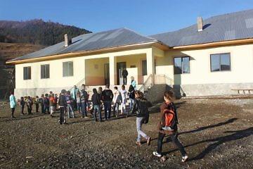 Shkolla e rinovuar në Bishnicë